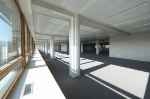Chauffer et rafraîchir les immeubles de bureaux : étude comparative de solutions