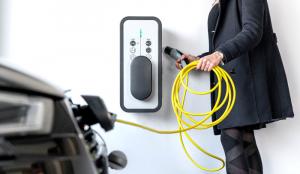 Equipements de bornes de charge pour véhicules électriques dans le multi-résidentiel