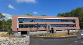 Premier ensemble de bureaux à énergie positive : Natura EnR