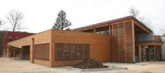 Groupe scolaire BEPAS à très basse énergie à L'Isle-sur-Serein