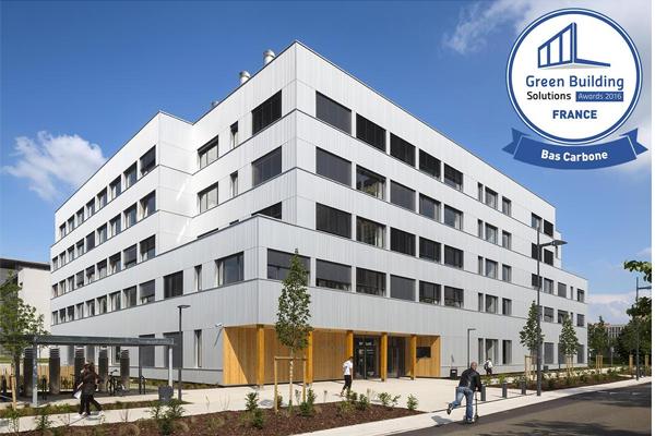 Bâtiment de bureaux 100 % bois et à ventilation naturelle !