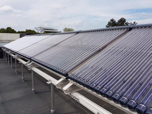 Panneaux solaires thermiques de l'internat