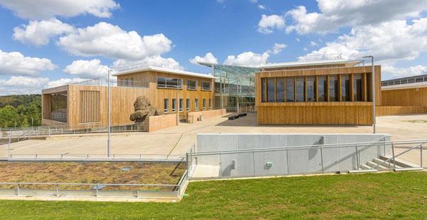 Un superbe lycée à énergie positive certifié HQE à Beaupréau