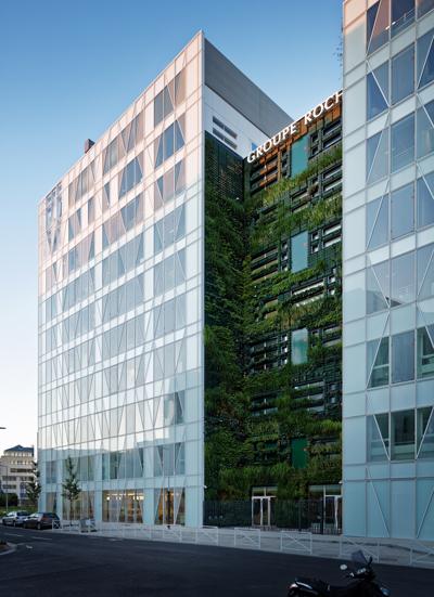 Immeuble de bureaux zenora labels bbc et hqe construction21 for Immeuble bureaux hqe