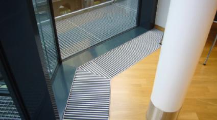 lib rez vos plafonds ventilo convecteur de sol extraplat. Black Bedroom Furniture Sets. Home Design Ideas