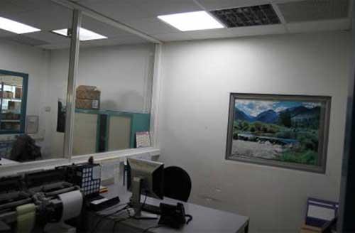 Eclairage naturel dans un bureau aveugle