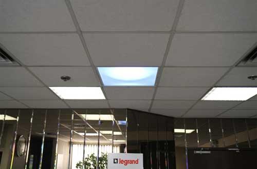Aspect intérieur du diffuseur en faux-plafond