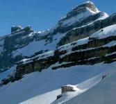 Ingénierie remarquable pour un refuge en haute montagne