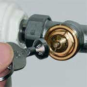 remplacement d'anciens robinets et têtes thermostatiques - Demonter Un Robinet Thermostatique