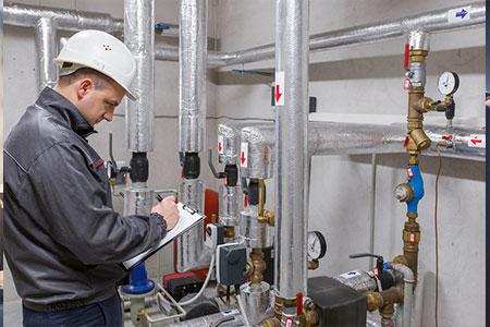 ingénieur fluides vérification équipement