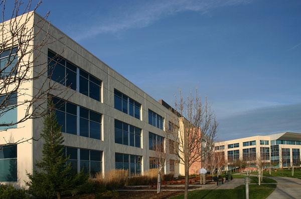 Immeuble de bureaux de conception énergétique datant de 25 ans