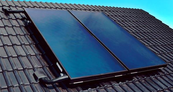 Panneaux solaires en toiture
